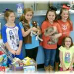 Sierra's Haven would like to extend a great big THANK YOU to Local Girl Scout Troop #2659 who brought in a truckload of donations (cleaning supplies, dog and cat food, newspapers, toys, etc.) to Sierra's Haven on Thursday, April 24, 2014.